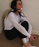 Uk damsels in tight, inescapable bondage